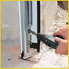 Garage Doors Store Repairs Huntingdon Valley, PA 215-606-6862